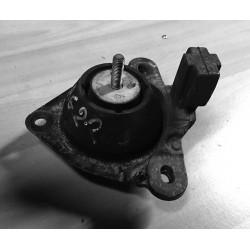 Support moteur Renault Laguna 1